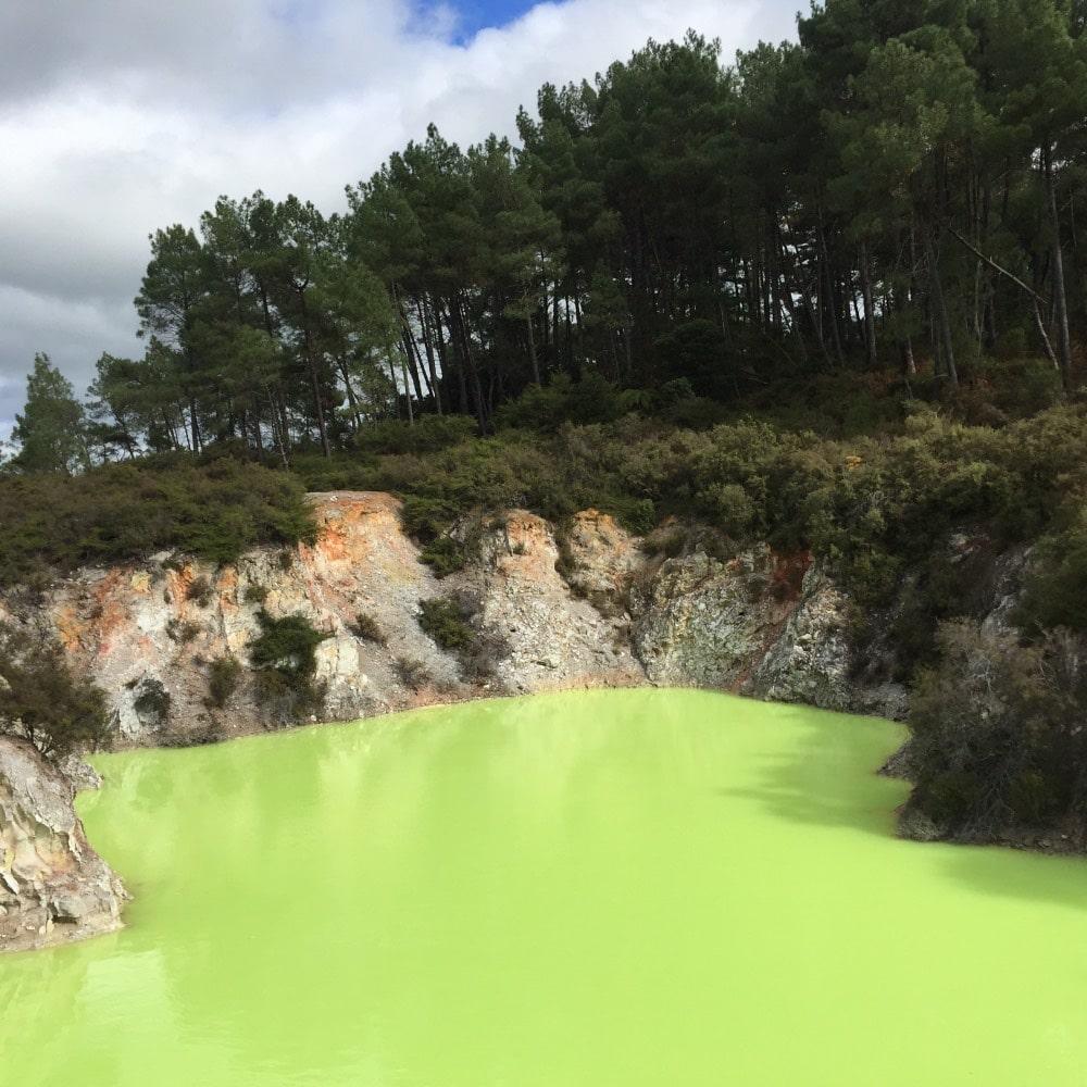 Coloured lakes at Wai-o-tapu New Zealand